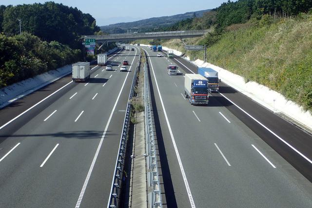 画像: 片側 3車線の 6車線化により、さまざまな効果が期待されている。