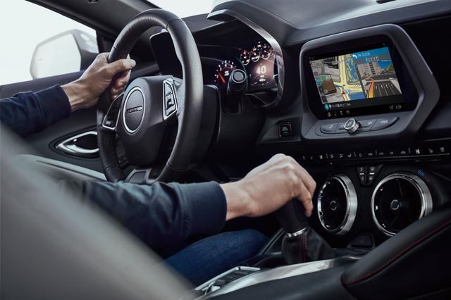 画像: GPSに頼らず自車位置の測位が可能な「クラウドストリーミングナビ」。
