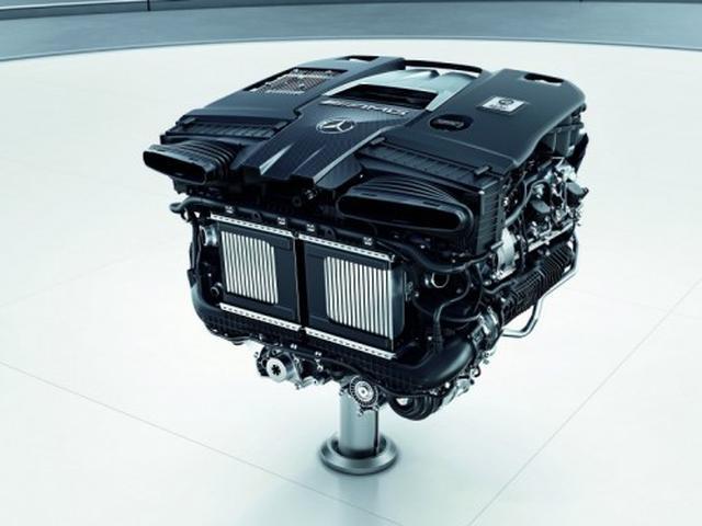 画像: AMGが完全自社開発した直噴4L V型8気筒ガソリンツインターボエンジン「M177型」。最高出力612ps、最大トルク850Nm。今回の3モデルに搭載される。