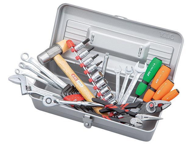 画像: 工具ケースEK-5に、使用頻度が高い工具を36点を厳選して入組みした工具セットがSK33621Mだ。