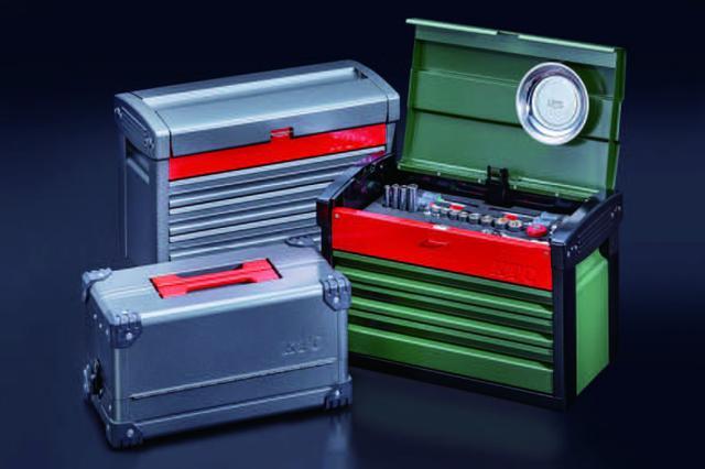 画像: EKR-103にはミリタリーグリーン×レッド、ダークグレー×レッド、EK10Aにはダークグレー×レッドを用意。