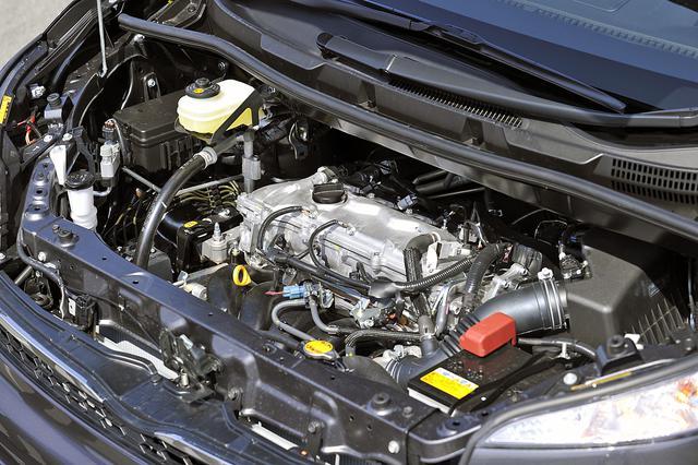 画像: 今回のマイナーチェンジで、もっとも大きく変わったのが2Lエンジン。全グレードでバルブマチック付きとなった。