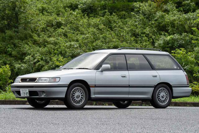 画像: 写真は後期型のレガシィツーリングワゴンで、1992年に特別仕様車として発売されたGT タイプS2。
