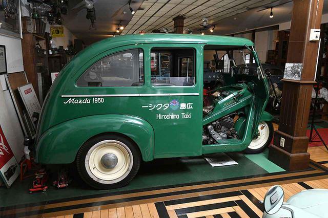 画像: マツダ号PB型三輪乗用車。