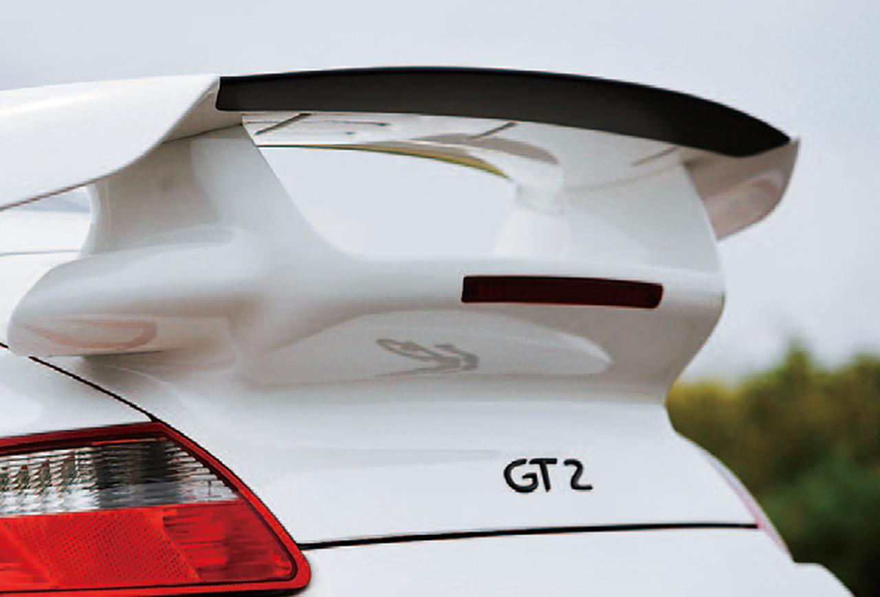 Images : 11番目の画像 - ポルシェ911 GT2 - LAWRENCE - Motorcycle x Cars + α = Your Life.