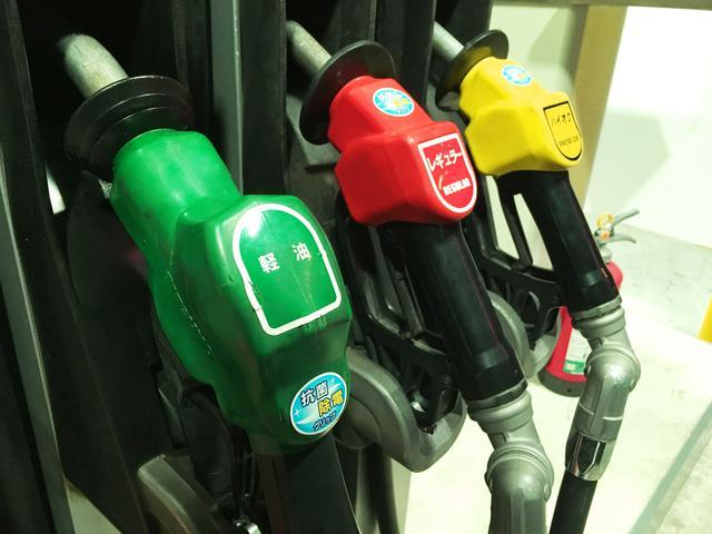 画像: 寒い地域に出かける時は要注意。軽油は地域、季節によって成分が異なるので、現地で給油した燃料を使おう。ガソリンは問題ないが、軽油は気温が下がるとシャーベット状に凝固してしまうことがある。