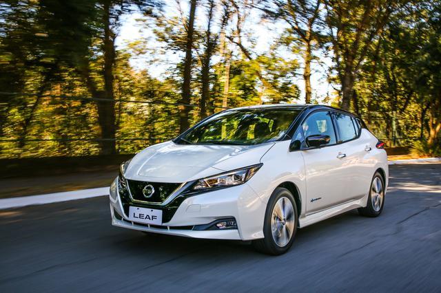 画像: 電気自動車は寒さで走行不能になることはないが、バッテリーの性能は低下する。