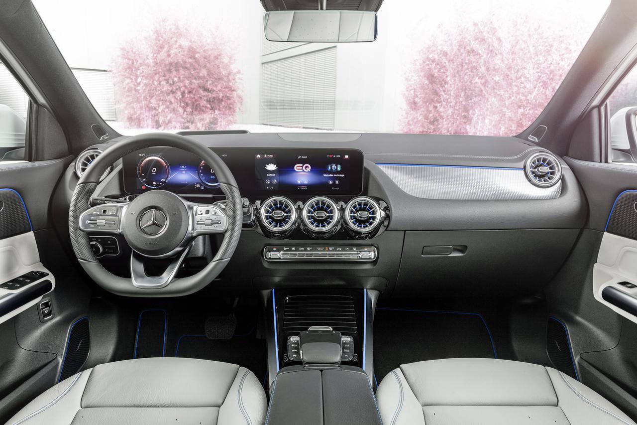 画像: インテリアは最新のメルセデス車と同様のデザインテイストでまとめられている。