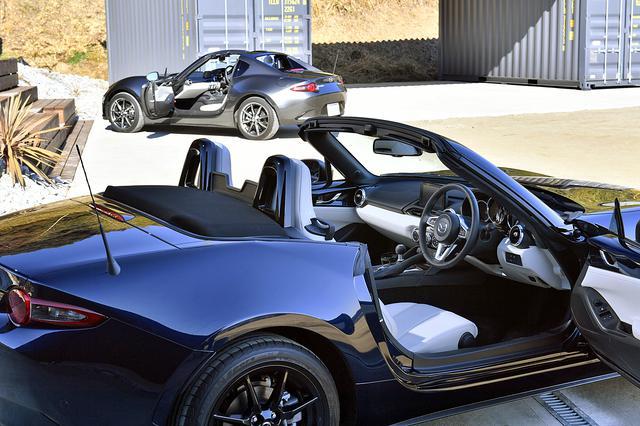 画像: ソフトトップ、RFともホワイトセレクションはベース車の4万700円高(6速AT車も)で手に入る。しかも限定車ではなくカタログモデルだ。