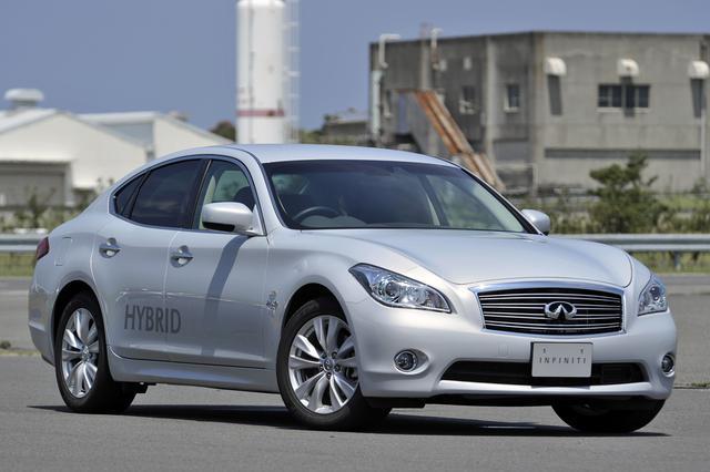画像: 取材車は輸出仕様のため、車名のエンブレムはインフィニティが装着されていたが、内外装とも日本仕様とほとんど変わらない。
