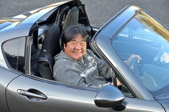 画像: ターボの力強い加速で高速の合流がとても楽になったと大満足しているオーナーの秋葉さん。「家の近所を走っているだけでも楽しい」と嬉しそうに語っていた。