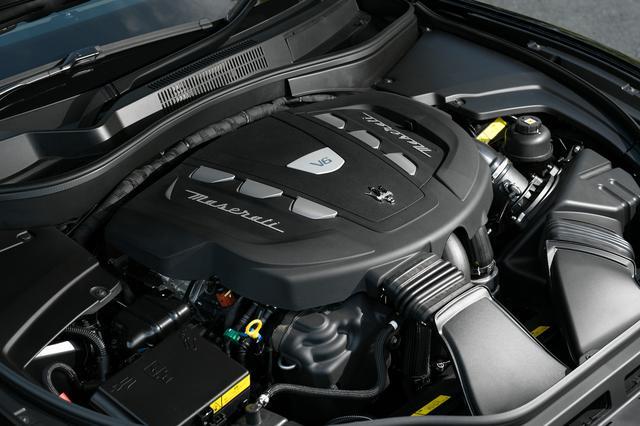 画像: 間もなく生産を終了する、最高出力275psと最大トルク600Nmを発生する3LのV6ディーゼルターボ。