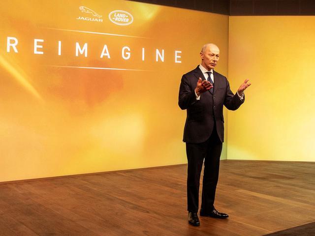 画像: 新グローバル戦略 「Reimagine」を発表するティエリー・ボロレ最高経営責任者(CEO)。