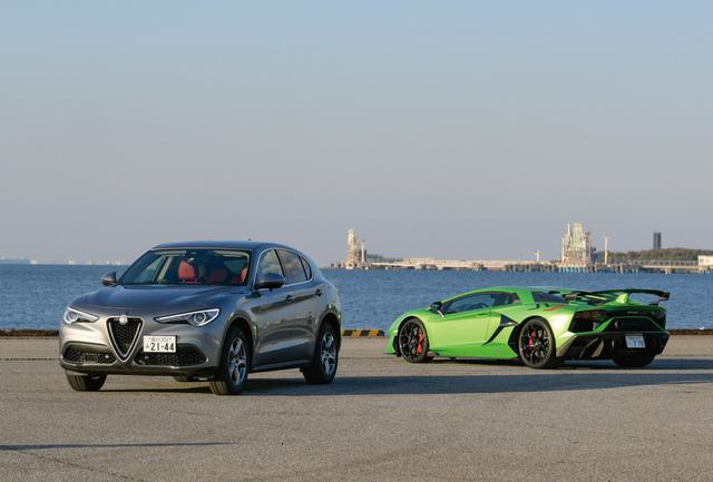画像: MMステルヴィオ号とスーパースポーツカーのランボルギーニ アヴェンタドールSVJ。これは2019年3月号取材時のワンシーンだが、ステルヴィオも独自の存在感を備えていることがわかるだろう。