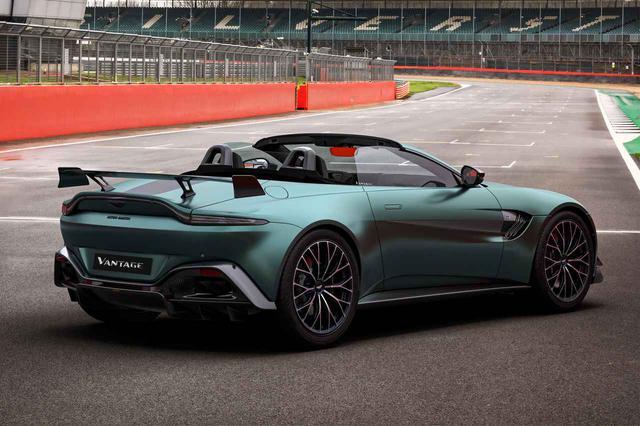 画像: F1オフィシャル・セーフティカーそのままの実力を市販モデルに移植された「ヴァンテージF1エディション」のロードスター。