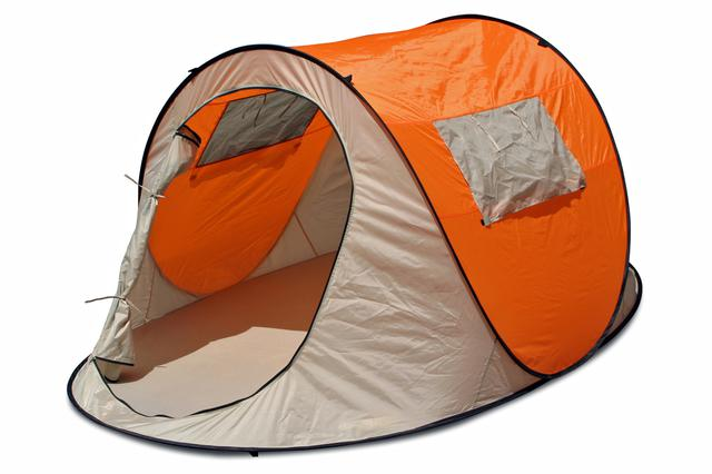 画像: 完成した状態のワンタッチテント。サイズは、幅245×奥行き105×高さ145cm。