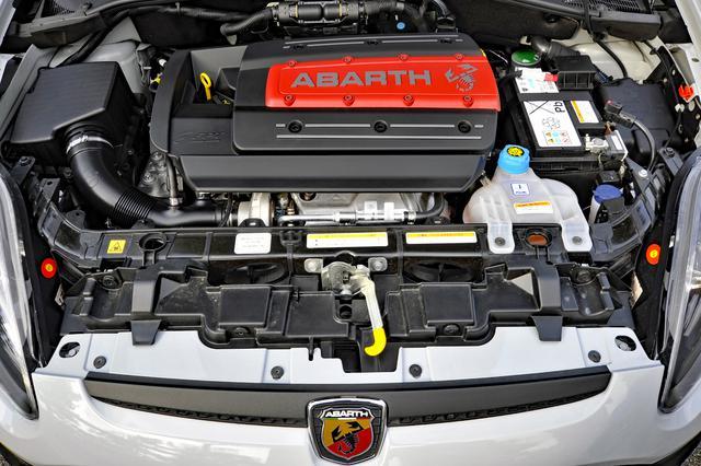 画像: エンジンの基本は以前に紹介したミトと同じだが、28ps/40Nmもパワフル。しかもSモードでは最大トルクは250Nmまでアップする。