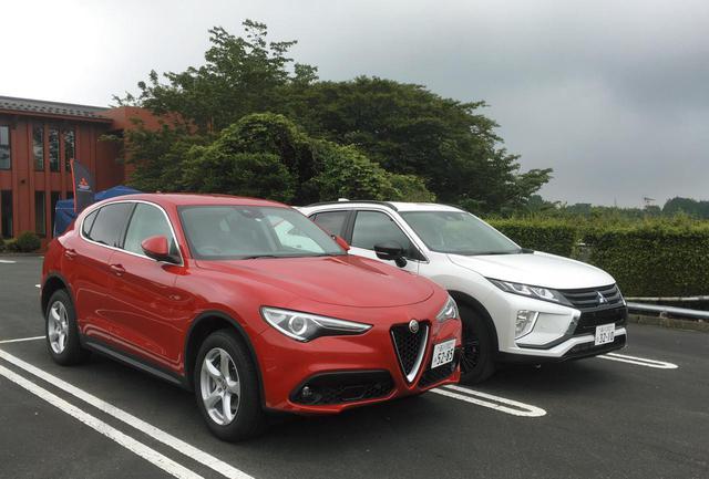 画像: 朝霧高原(静岡県富士宮市)のゴルフ場で、三菱エクリプス クロス ディーゼルと並ぶ。クリーンディーゼルエンジンを搭載する4WDのSUV、という点で共通する両車。乗り味は、好対照ともいえるものだった。