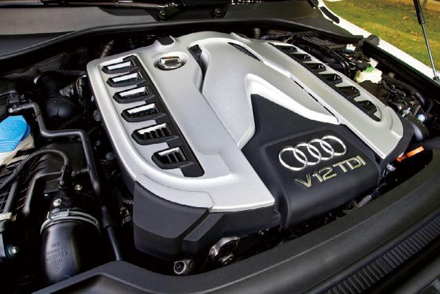 画像: アウディR10のレーシングディーゼルのテクノロジーが、このエンジンにも生かされている。ディーゼルなのに500psを実現することもさることながら、最大トルク1000Nmをわずか1750rpmから発生する。