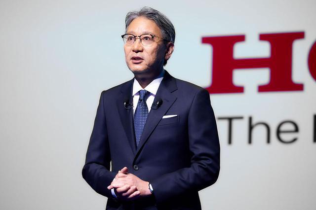 画像: 2021年4月23日の記者会見で熱く語った、ホンダの新社長に就任した三部敏宏 代表取締役。