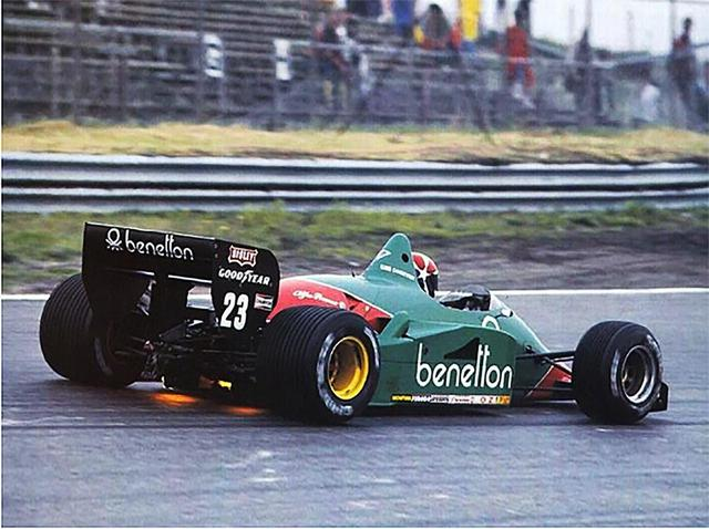 画像: 1985年、OZホイールの最初のシングルシーターマシンは、ユーロレーシング・アルファロメオF1チームだった。
