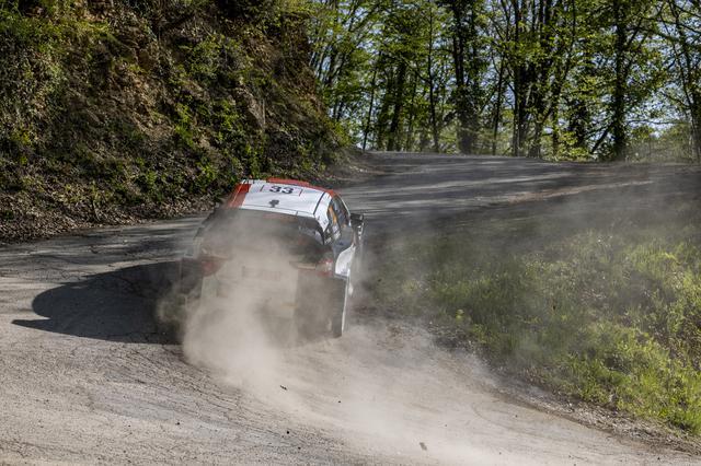 画像: 最終SS20でのわずかなミスで優勝を逃したエルフィン・エバンス(トヨタ ヤリス WRC)。