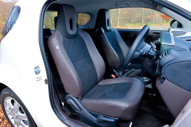 画像: 前席シートバックを薄型にして後席スペースを確保。運転席ニーエアバッグ、助手席シートクッションエアバッグなど全部で9つのエアバッグを標準装備。