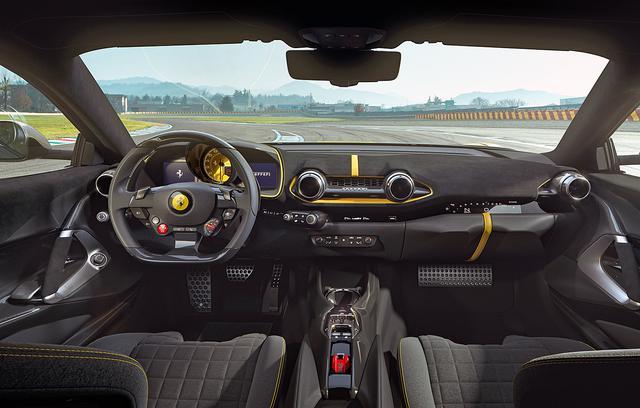画像: 両車ともインテリアは基本的に812 スーパーファストを踏襲している。