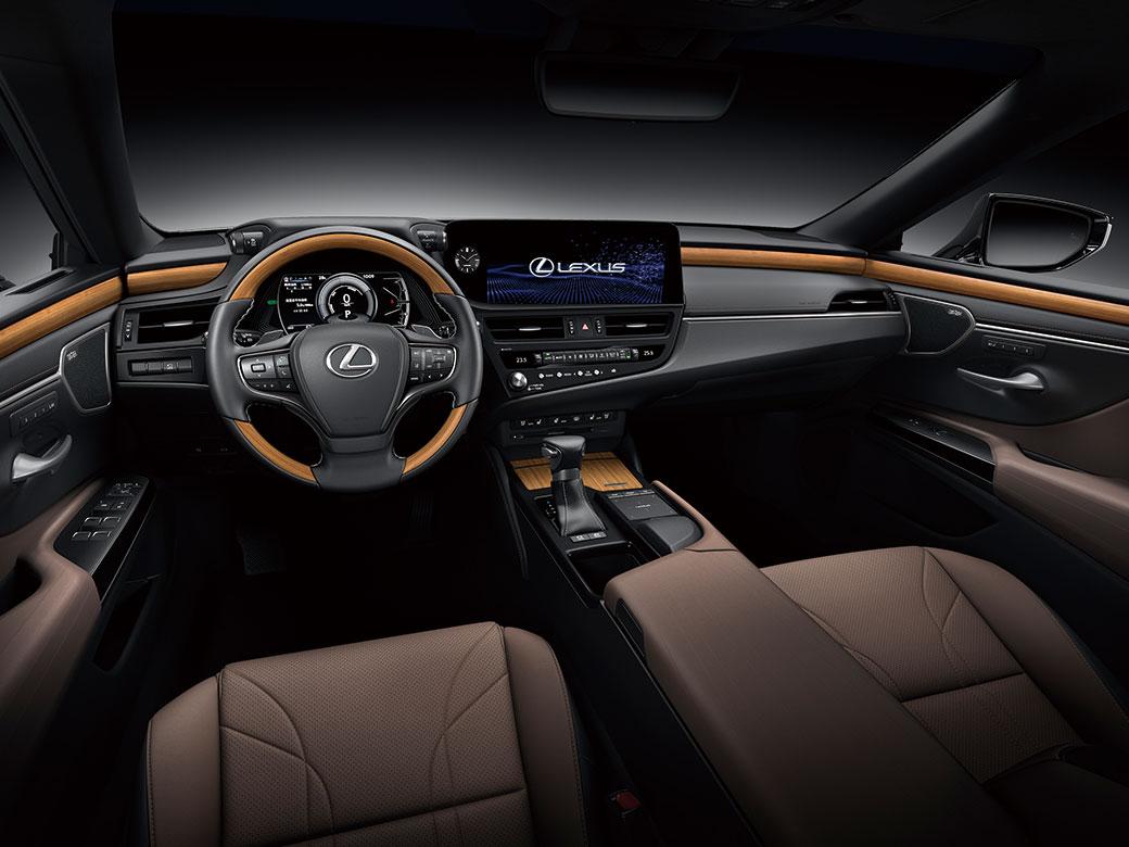 画像: タッチディスプレイの画面は、ドライバーに対して最適な角度と距離で配置されている。視認性、操作性も高められた。