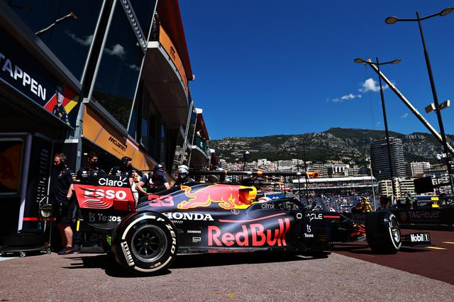 画像: 2年ぶりのF1開催となったモナコ、初日は好天に恵まれた。