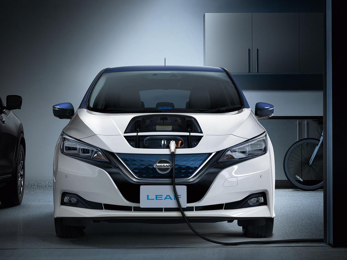画像: 自宅での充電施設は普通充電を選びたい。(日産リーフ)