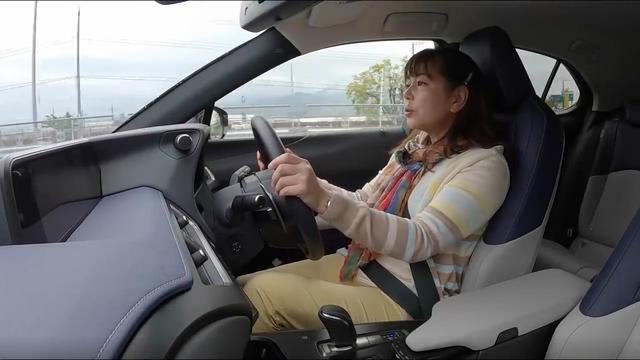 画像: 【動画】竹岡 圭のクルマdeムービー「レクサスUX300e」(2021年4月放映)