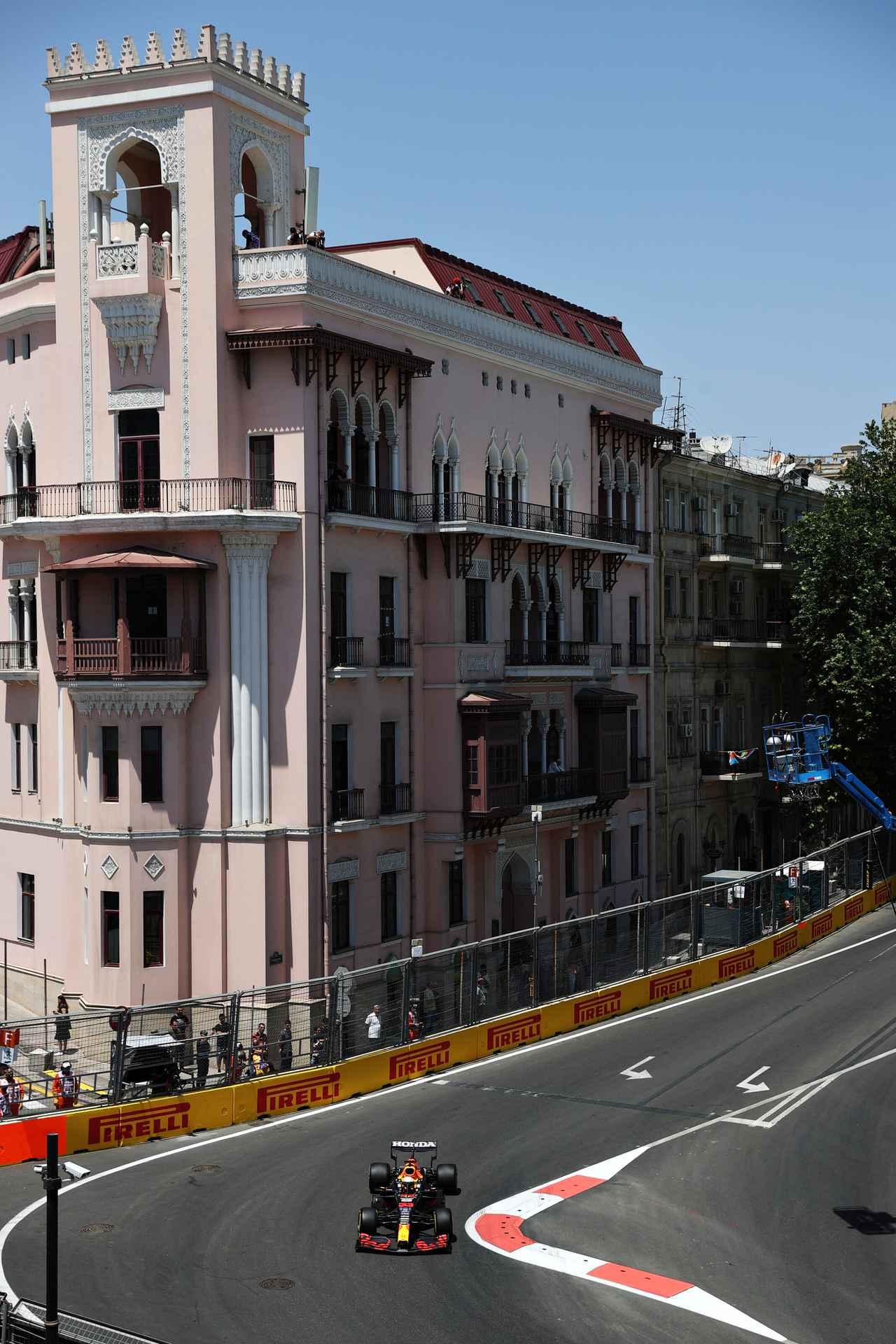 Images : 4番目の画像 - 2021年F1第6戦アゼルバイジャンGP フリー走行 レッドブル・ホンダ - Webモーターマガジン