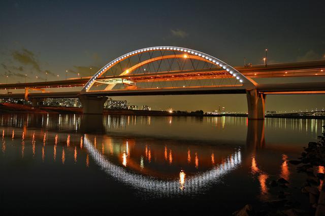 画像: 五色桜大橋(ライトアップ時)