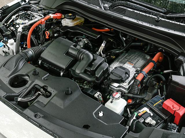 画像: ホンダ独自の2モーター式ハイブリッドシステム「e:HEV」を搭載。WLTCモード総合燃費は22.0km/L。