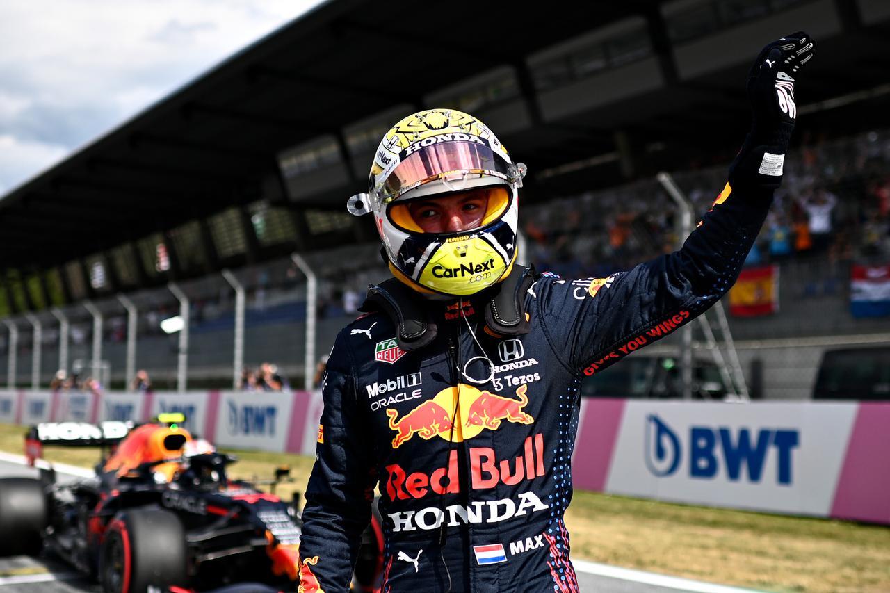 画像: 予選Q3の最後のアタックではいまひとつタイムが伸びなかったが、フェルスタッペンはそれでもポールポジションをゲットした。
