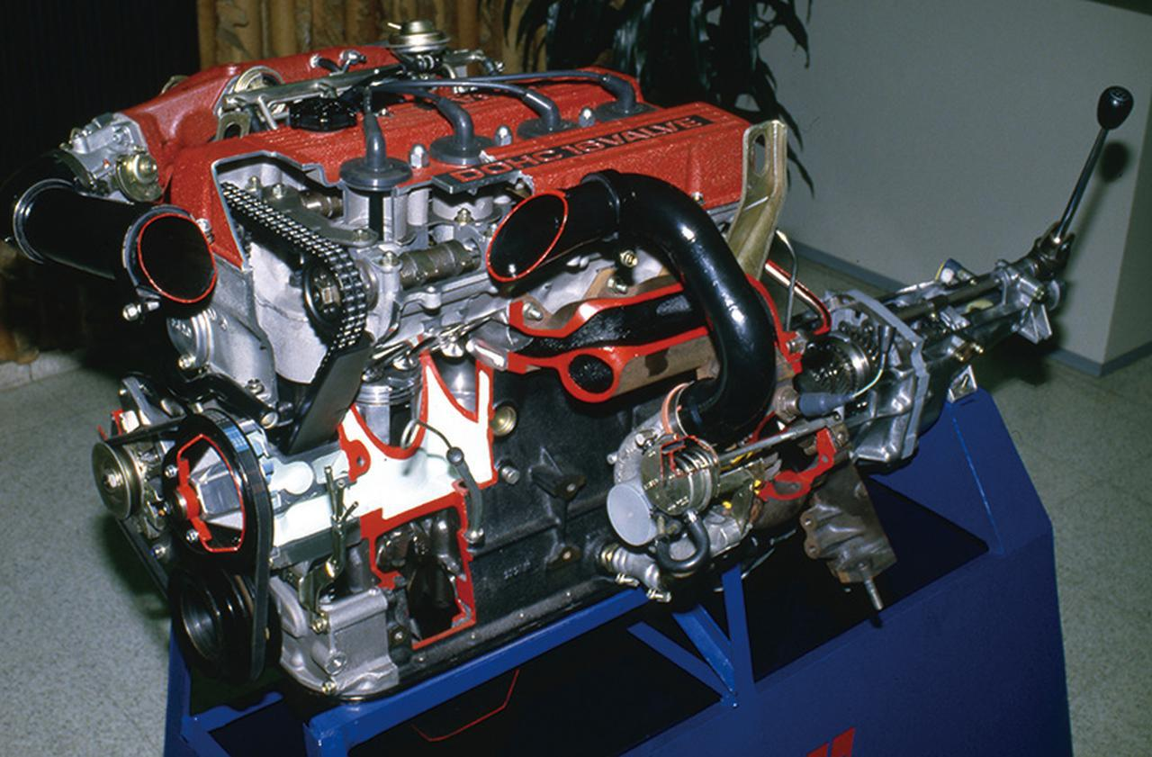 画像: FJ20E型にギャレット・エアリサーチ社製のターボを装着して190psを達成したFJ20E-T型。