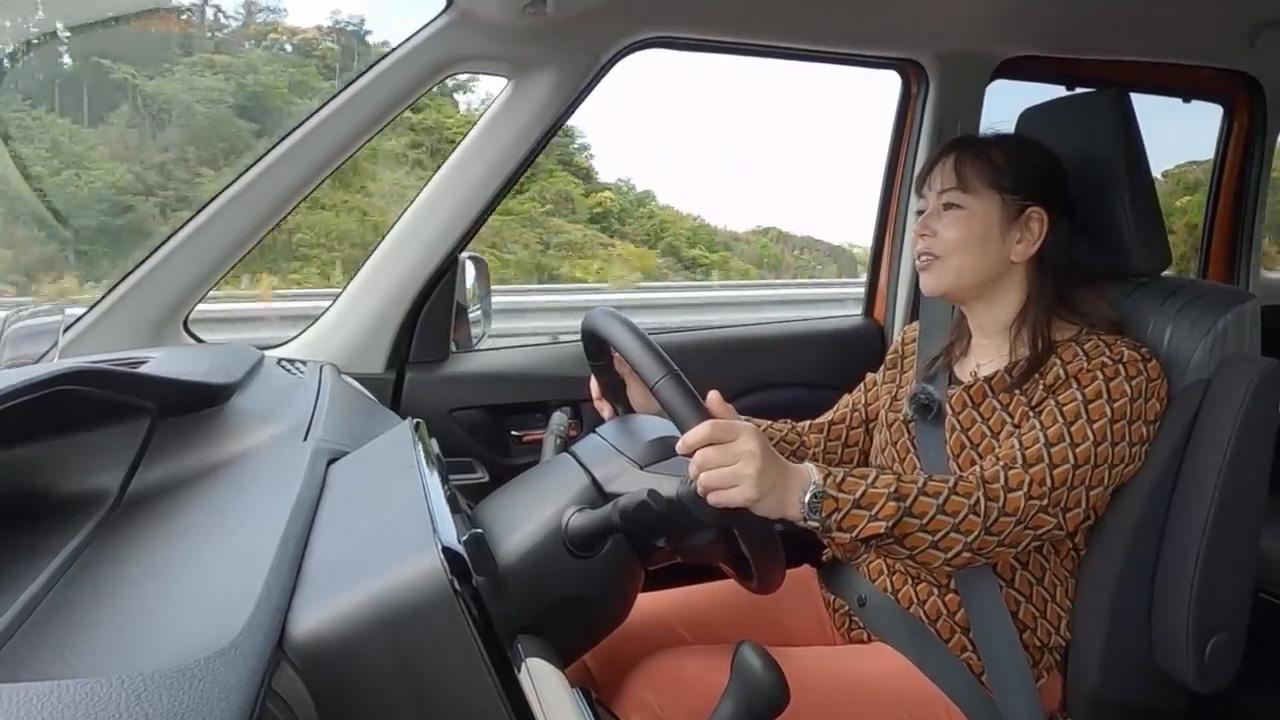画像: 【動画】竹岡 圭のクルマdeムービー「スズキ ソリオ」(2021年6月放映)