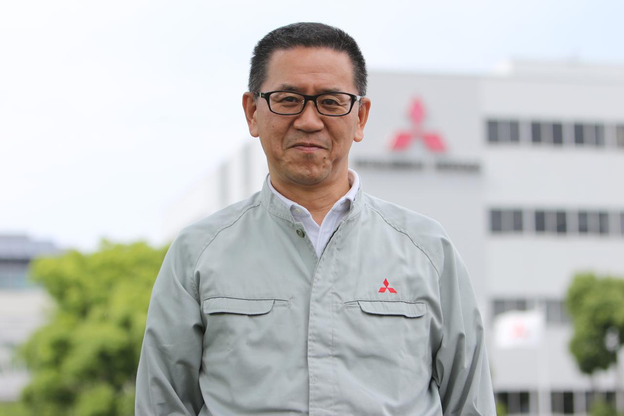 画像: 田中泰男 Yasuo Tanaka 1987年4月入社。ボデー設計部を経て、1989年9月から研究部でWRC参戦車(ギャランVR-4、ランサーエボリューション)の車体開発全般、主にシャシー、駆動系を担当。2000年からは車両実験部モータースポーツグループでWRカーの開発に携わり、のちにモータースポーツ統括会社MMSPで開発とりまとめ役を歴任。その後はパイクスピークの競技用EV、アウトランダーPHEVのクロスカントリーラリー参戦車の開発を経て、現在は先行技術開発部のシニアスタッフを務める。