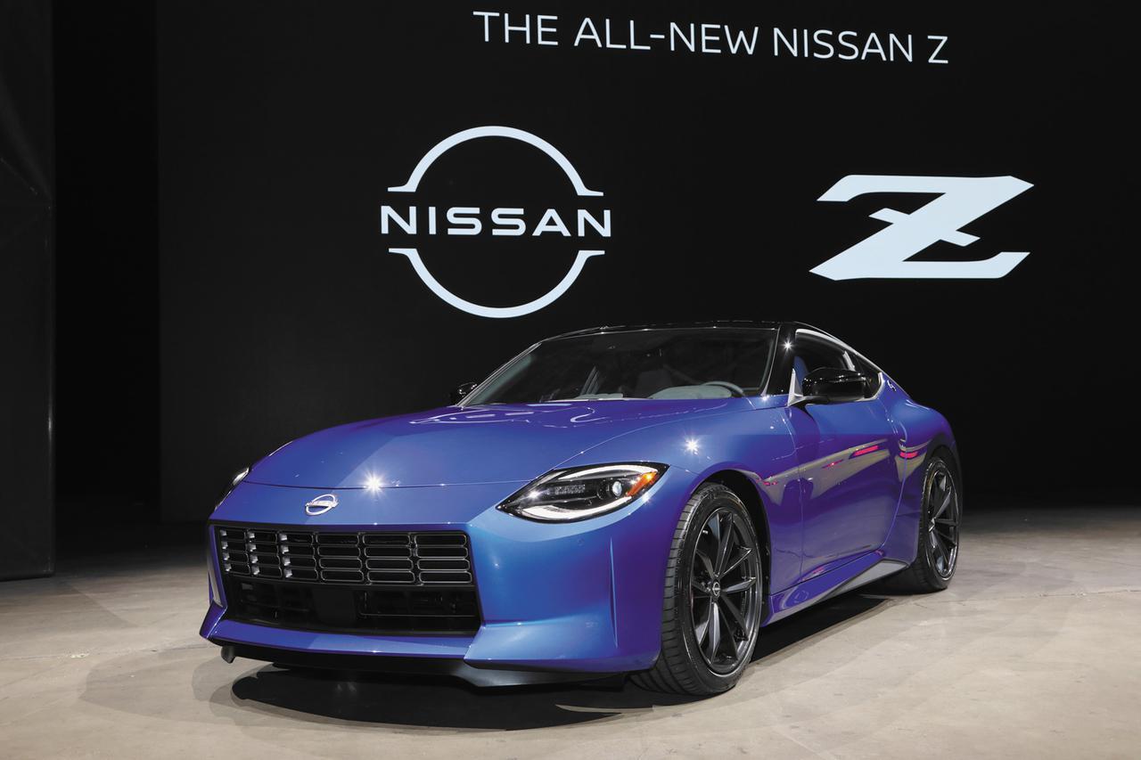 画像: NISSAN Z Performance。新型Zの中核モデルと目されるグレード。従来のZ34の日本グレードで言えば「バージョンS」といったところか?(Photo:ケニー中嶋)
