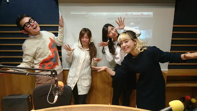 画像: ぱたぱた・・・びゅーん!