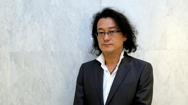 画像: 上梨 能寛 2007年より、株式会社ループス・コミュニケーションズにて 「Social Media 戦略コンサルタント」として、様々な企業の Social Media 戦略をサポート。当時活性化されていた社内 Social Network PKG システムの導入コンサルティング、構築サポートから始まり、日本ではまだ本格参入される前の Facebook や Twitter を利用した施策等、Social Media 黎明期から、数多くのマーケティングプロジェクトに関わる。自身が関わったSocial アカウントの数は 3桁を超える実績を持つ。 2018年5月にループス・コミュニケーションズから独立し、株式会社Groove Gravity を起ち上げる。