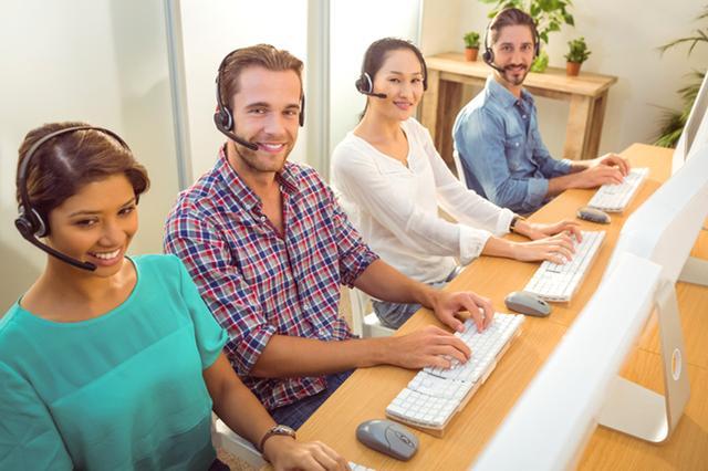 画像: コールセンターで働いている人は?