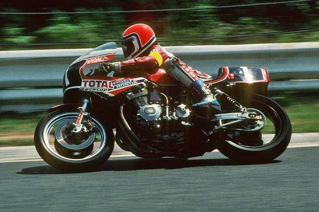 画像: Honda CB900Fをベースにファクトリーチューンされた1台。洗練された直列4気筒エンジンをむき出しに搭載したそのフォルムは、いまもなお耐久ファンの間では絶大な人気を博している。チームはホンダフランス。 www.suzukacircuit.jp