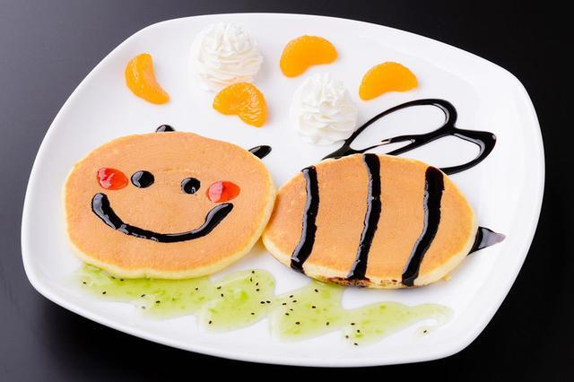 画像: ぶんぶんのスマイルパンケーキ 650円