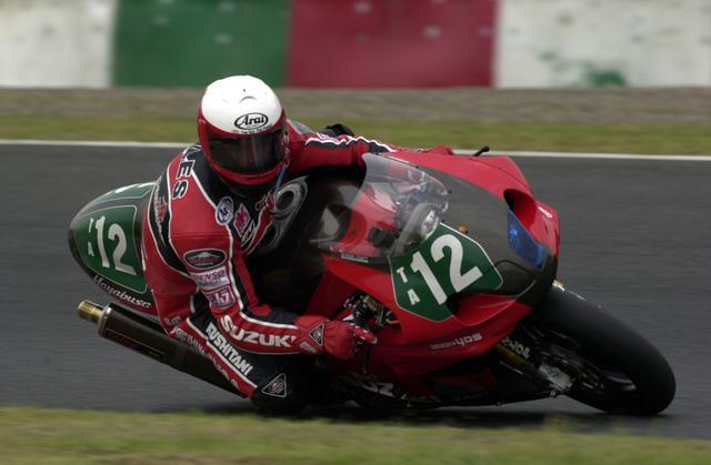 画像: 1999年、2000年のXフォーミュラクラスを制覇したヨシムラ・スズキGSX1300R隼。ライダーは2000年に起用された、ショーン・ジャイルスです。 www.suzukacircuit.jp