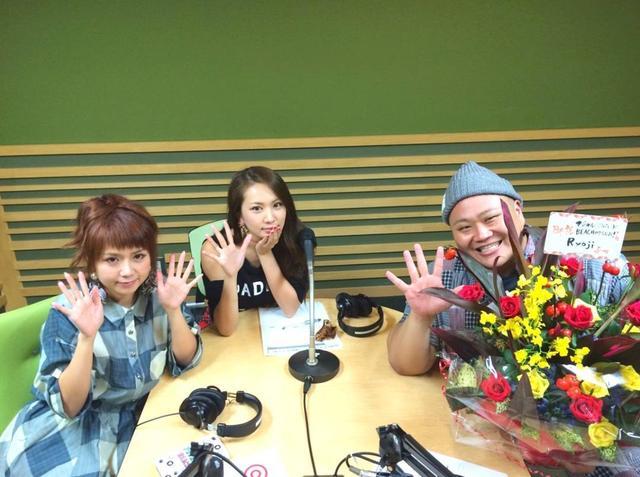 画像1: マジカル♡パレード BEACHさんはInstagramを利用しています:「第一回目でらじお!どうだったー????????? #AKO #マジパレ #マジカルさん #マジカルパレードBEACH #でらじお #お花ありがとう???? #マジラブ #大好き #Ryoji #thankyou #love #radio #happy #yolo #bbf #instagood…」 www.instagram.com