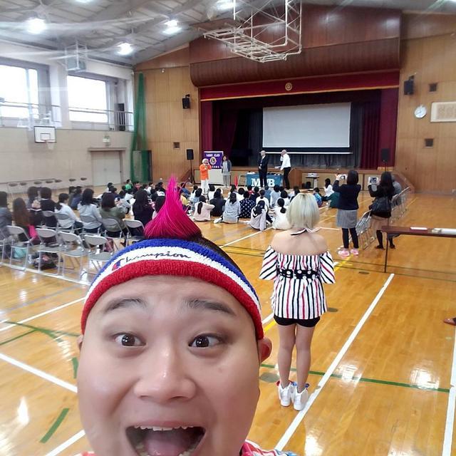 画像1: マジカル♡パレード BEACHさんはInstagramを利用しています:「『いじめ防止講演 in三宅小学校』  稲沢ライオンズクラブの皆さん、オレンジ田中さん、三宅小学校の皆さん、保護者の皆さんありがとうございました!! #マジパレ #マジパレ稲沢 #マジカルパレードビーチ #マジカルパレードbeach #三宅小学校 #いじめ #稲沢ライオンズクラブ…」 www.instagram.com