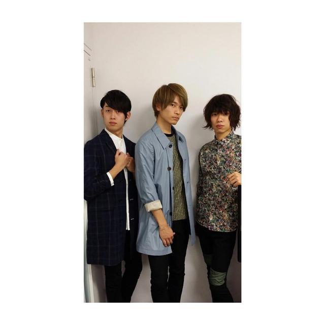 画像1: Yuji Sugimoto(WEAVER)さんはInstagramを利用しています:「プレミアムナイト用の衣装、久しぶりにPaul Smithで決めちゃいました。#PaulSmith」 www.instagram.com