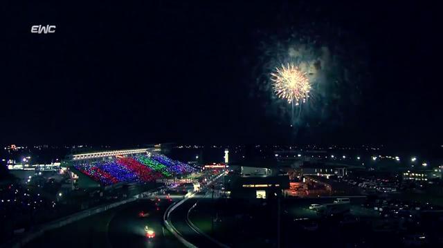 画像: ゴール後の美しい花火が、すべての参加者、観覧者をねぎらってくれます・・・。 www.youtube.com
